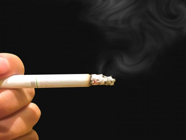 タバコ 頭 くらくら